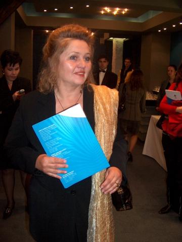 """Diana Lupescu, """"beata"""" pe scena la Constanta"""