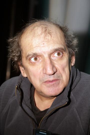 Mihai Gruia Sandu scrie piese de teatru pentru Teatrul de Papusi