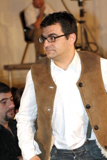 Mihai Margineanu deplange prostia si nepasarea din sistemul de adoptii