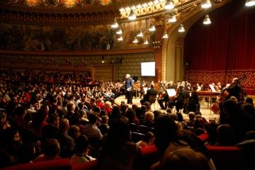 Un proiect de succes aduce sute de tineri la Ateneu