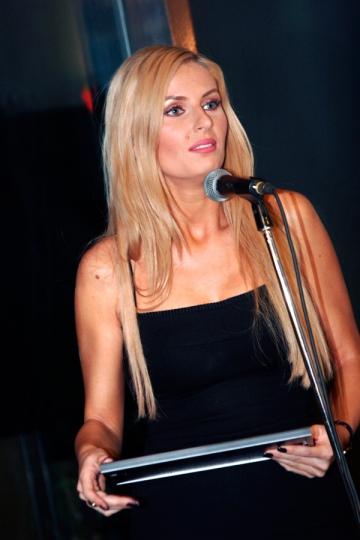 """Andreea Banica: """"N-am invatat sa fim civilizati"""""""