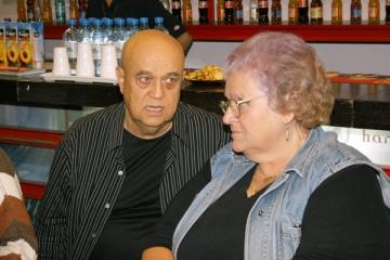 "Benone Sinulescu: ""A. Dumitras vrea sa se afirme pe spinarea marilor artisti"""
