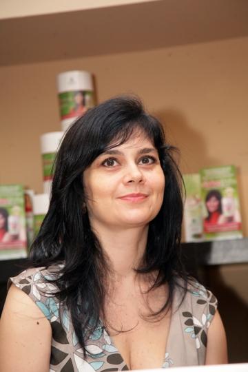 Simona Balanescu s-a inscris la cursuri de dans