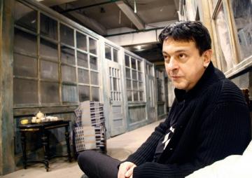 """Alexandru Darie: """"Sa faci teatru in America este un lucru foarte dificil"""""""