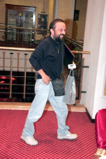 Ioan Gyuri Pascu, cover-story in VIP
