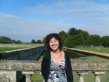 Rachel Hausfater, povestea unei scriitoare cu origini romanesti