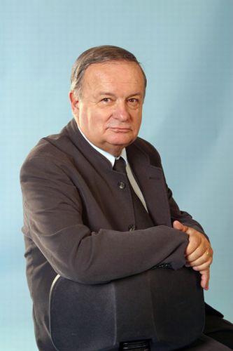 Cristian Topescu vrea ca parlamentarii sa jure pe... DEX