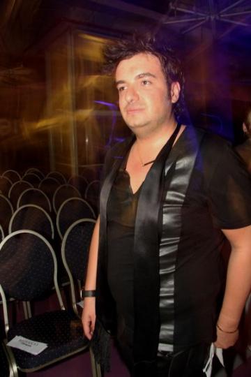 Ce mai pregateste Razvan Ciobanu...