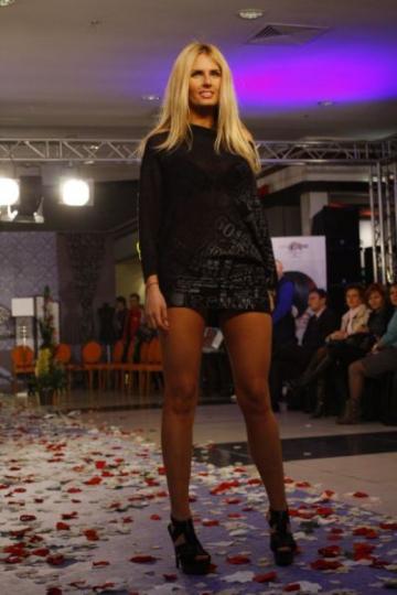 """Andreea Banica: """"Sa fii sexy tine de atitudine"""""""