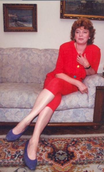 Cezara Dafinescu, despre iubire, vocatie si destin