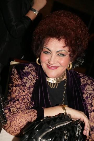 Elena Merisoreanu petrece Pastele la Valcea