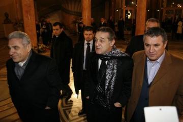 Victor Becali vorbeste despre nunta nepoatei lui