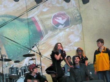 Muzica si bere, pe ploaie, de Ziua Barbatului in Capitala
