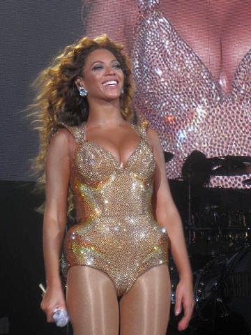 Beyonce lanseaza un nou single pentru scopuri caritabile