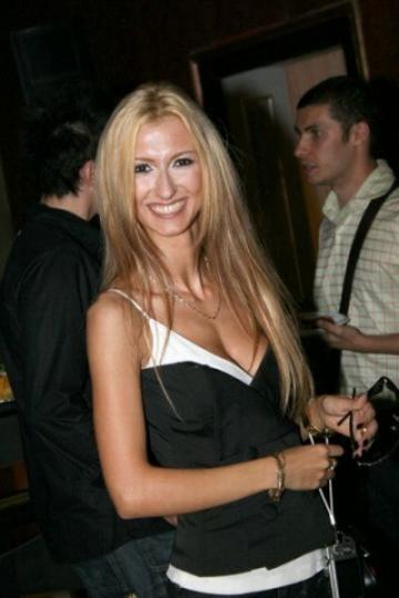 Andreea Balan, cenzurata pe Youtube