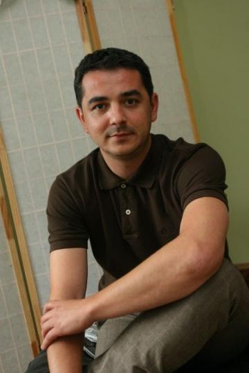 Vlad Ionescu si-a botezat fetita infiata