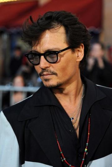 Johnny Depp nu e pirat pentru bani, ci pentru... fani