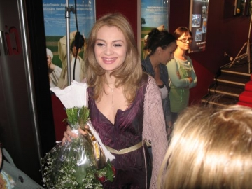 Anemona Niculescu, mamica adoptiva la distanta