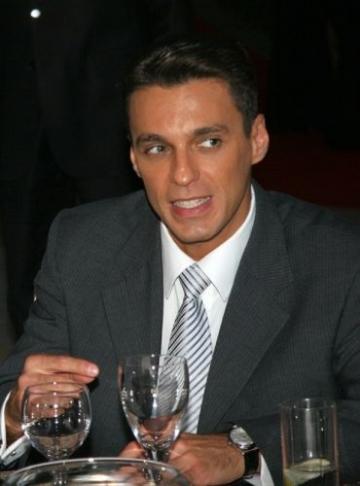 Mircea Badea a ridicat premiul lui Victor Ciutacu la Gala APTR