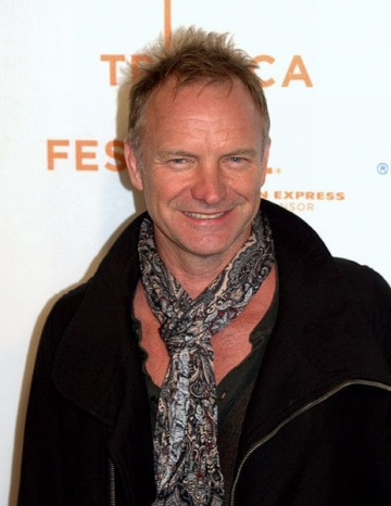 Sting a ajuns la Bucuresti