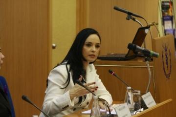 "Andreea Marin, ""Zana Buna"" pentru detinute"