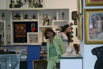 Maria Basescu, o prezenta admirata, la vernisajul Cumpana