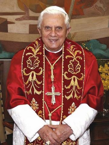 Pasiunile inedite ale conducatorilor de la Vatican