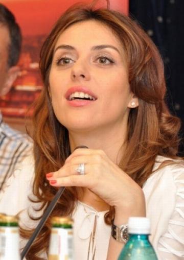 Denise Sandulescu: din culisele concertului Bon Jovi