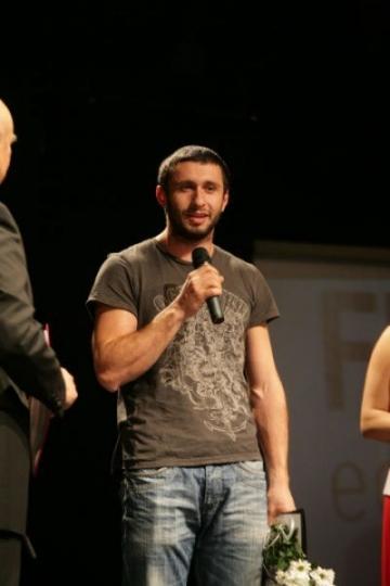 Dragos Bucur nu se lasa intimidat de articolele din presa straina
