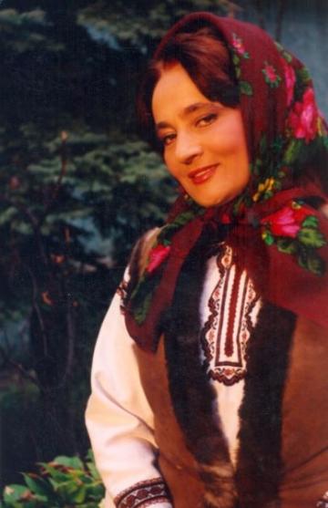 Laura Lavric, cautata de fostul sot care i-a luat toata averea