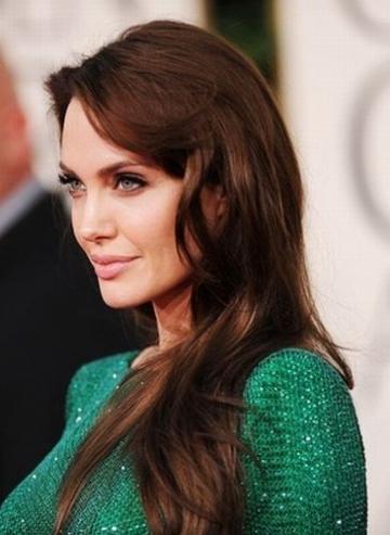 Angelina Jolie, extrem de selectiva cu proiectele de cinema