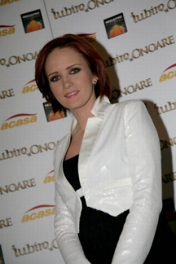 Ioana Maria Moldovan isi doreste o fetita