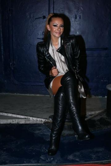 Giulia (Dj Project) impartaseste secretele frumusetii sale