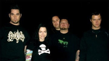 Evanescence lanseaza un nou album
