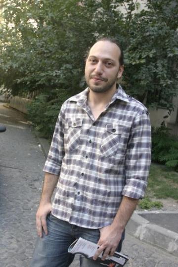 Matei Florian a luptat patru luni pentru a-si renova apartamentul