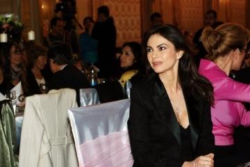 Ramona Badescu lucreaza cu producatorul lui Celine Dion