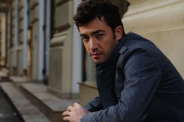 """Arsenie: """"Voi veni mai des pe la Bucuresti"""""""