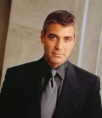 George Clooney se simte batran