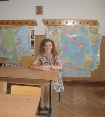 Andreea Fried si-a revazut colegii de liceu dupa 10 ani