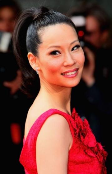 Lucy Liu, fascinata de religie