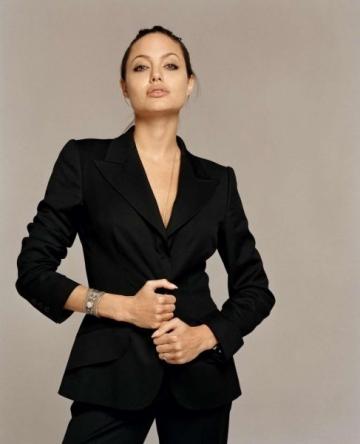 Angelina Jolie, excursie umanitara in Libia