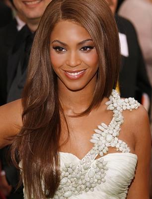 Beyonce - linie vestimentara pentru femei insarcinate