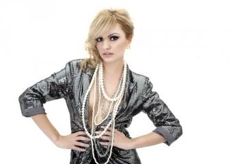 Alexandra Stan a castigat Best Romanian Act