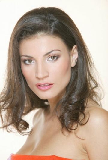 Ioana Ginghina intra in lumea afacerilor