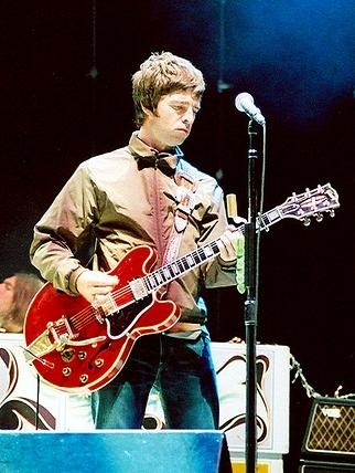 Primul album al lui Noel Gallagher, liderul vanzarilor din Anglia