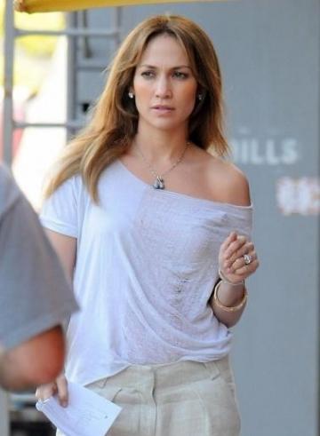 De ce a plans Jennifer Lopez pe scena