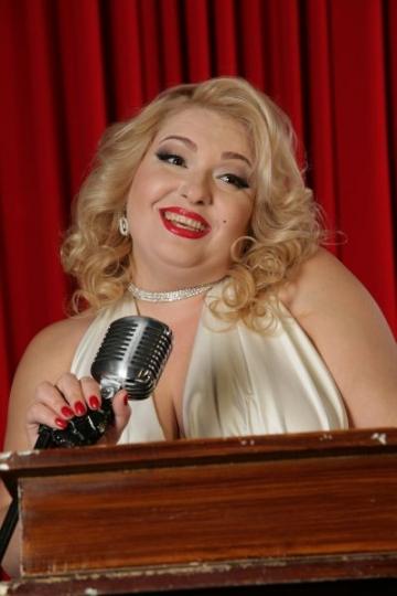 Viorica din Clejani s-a transformat in Marilyn Monroe (FOTO)