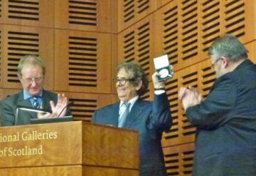 Scotia: Radu Varia a primit Medalia de Argint a Academiei Regale
