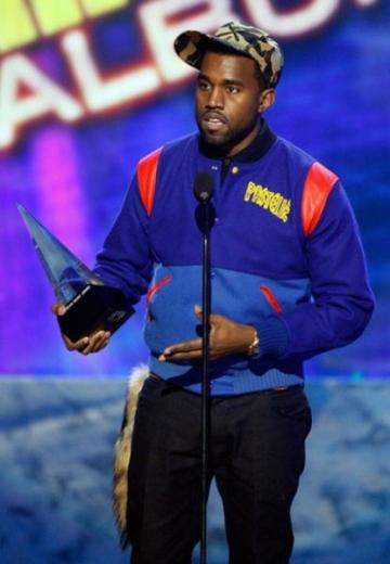 Afla cine are cele mai multe nominalizari la premiile Grammy 2012