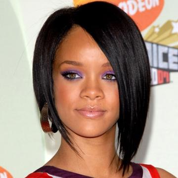 Rihanna debuteaza pe marile ecrane intr-un film SF